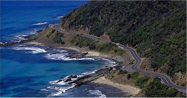 墨爾本旅遊行程:大洋路12門徒岩+尋找野生無尾熊 代號:GT