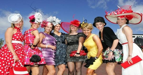 墨爾本賽馬節時裝秀